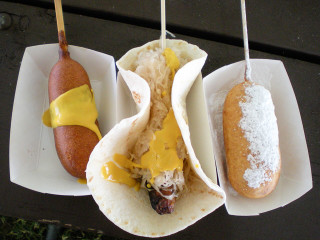News_corn dog_hot dog_fair food