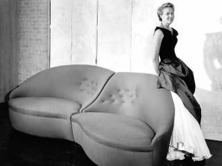 News_Charles James_Dominique de Menil_lip sofa