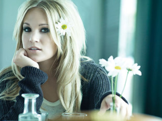 News_Carrie Underwood_small