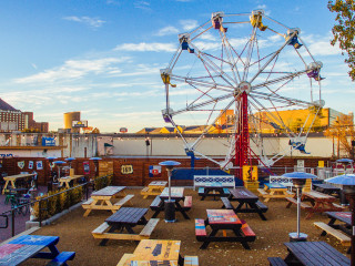 Ferris Wheelers Backyard & BBQ