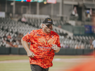 Toby Keith at Red River Celebrity Softball Game