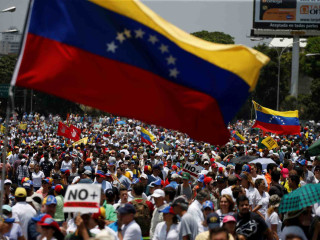 <i>The Venezuela Crisis & the Road Ahead: Ricardo Hausmann & Francisco Monaldi</i>