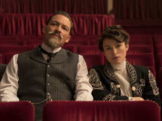 Dominic West and Keira Knightley in Colette