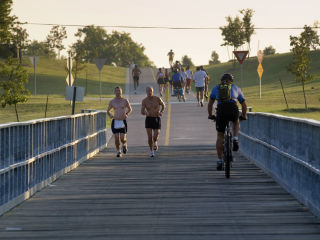 White Rock Lake runners