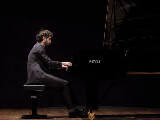Luca Sacher
