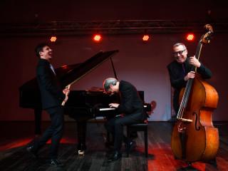 A B & C Trio