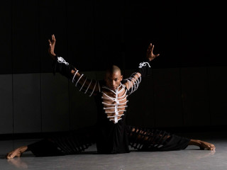 B. Moore Dance presents 3D Vision