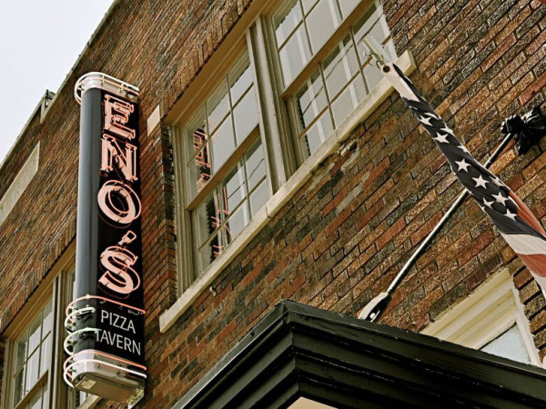 Exterior of Eno's in Bishop Arts District in Dallas