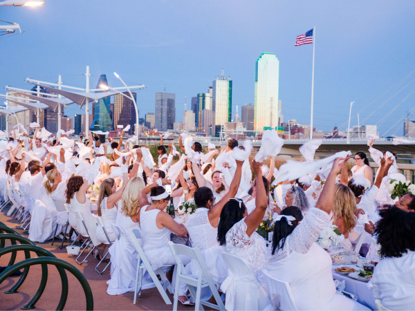 Diner en Blanc Dallas 2015