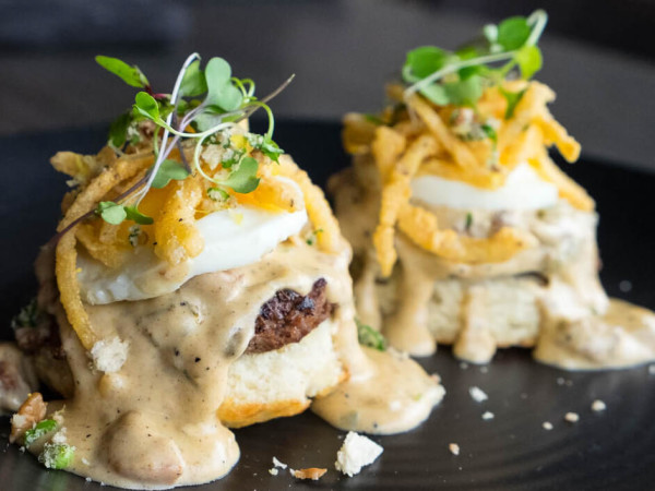 Houston, new brunch menus, Jan 2017, biscuits and gravy Kitchen 713