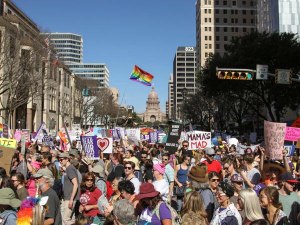 Women's March Austin Crowd