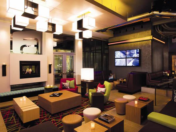 Places-Hotels/Spas-Aloft