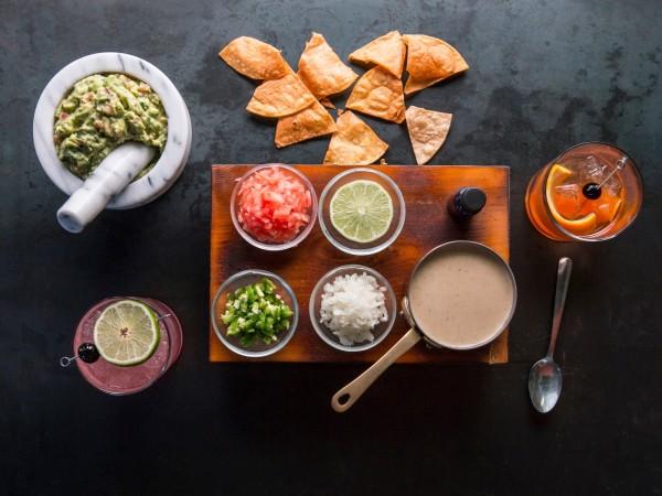 Anejo Tex-Mex guacamole