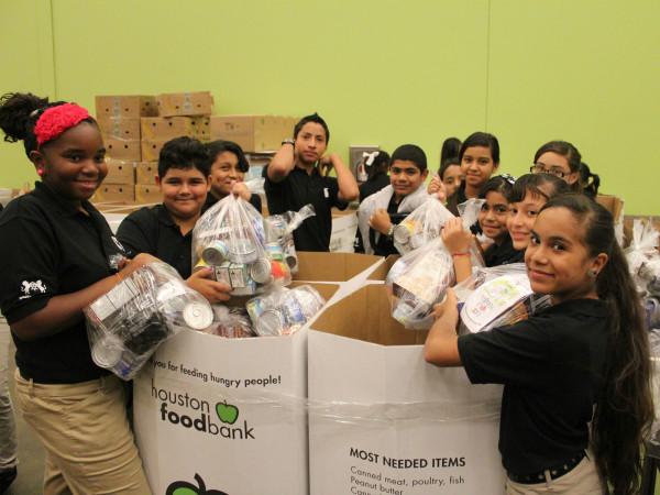 Houston Food Bank volunteers