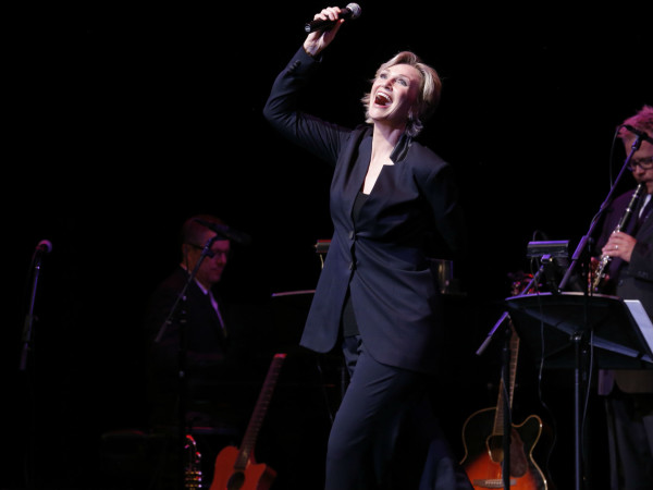 Jane Lynch - See Jane Sing