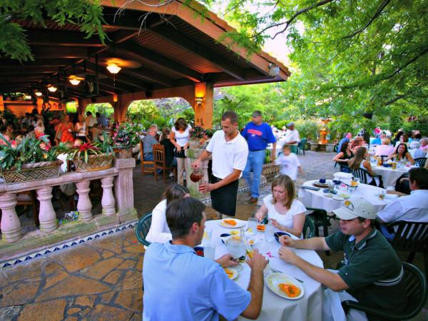 Joe T. Garcia's patio Fort Worth