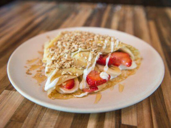Barbazzar strawberry crepes