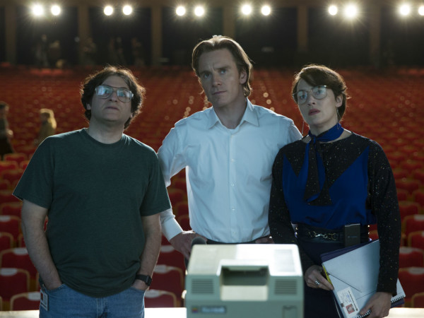 Michael Stuhlbarg, Michael Fassbender, and Kate Winslet in Steve Jobs
