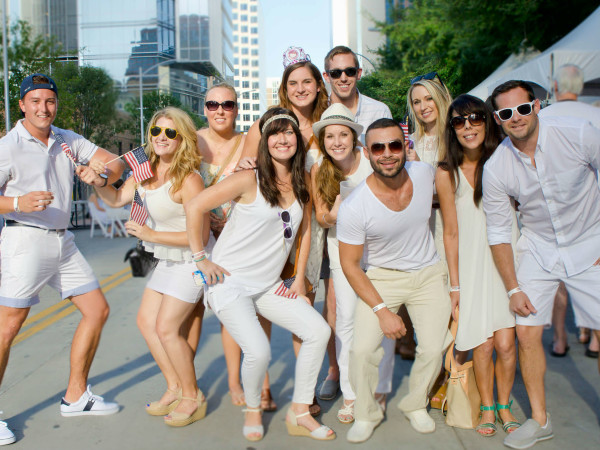 2nd Street District White Linen Night 2016