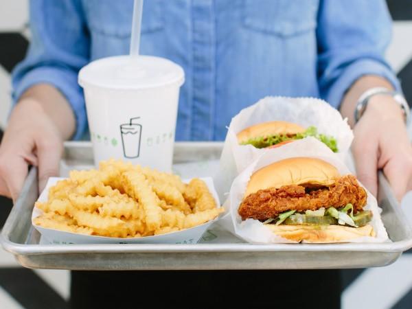 Shake Shack chicken sandwich tray