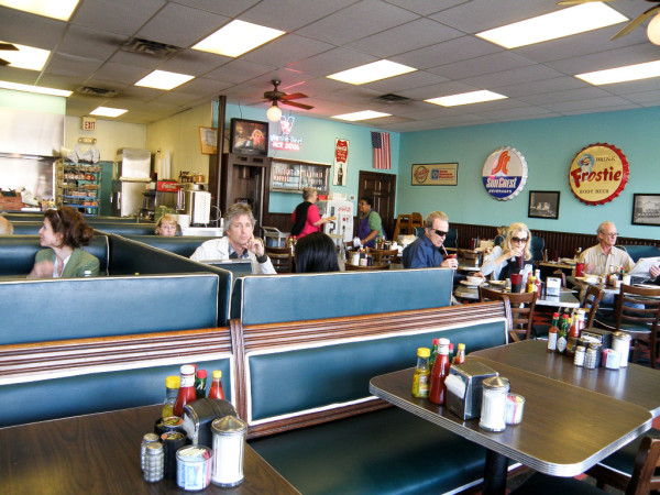 News_Marene Gustin_Meals of Decade_Avalon Diner