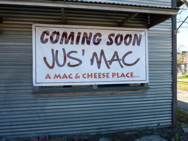 News_Jus' Macs_sign