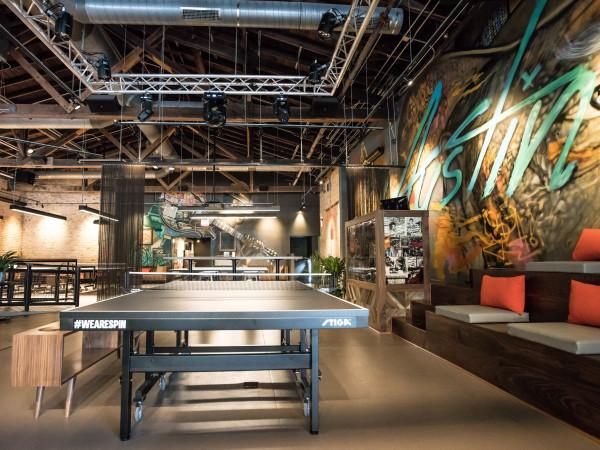 Spin ATX ping pong bar