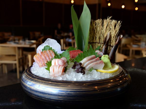 Tobiuo sushi sashimi platter