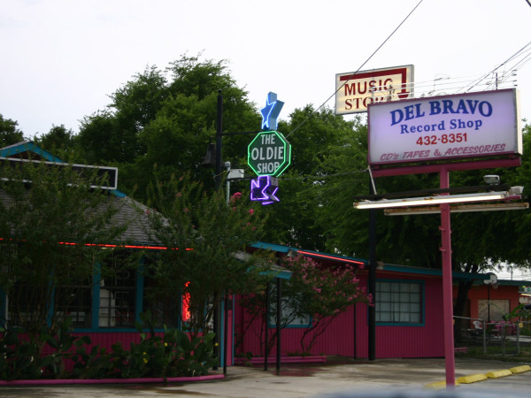 Del Bravo Record Shop San antonio