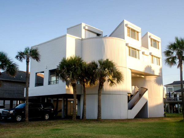 Galveston beach house rental waterfront