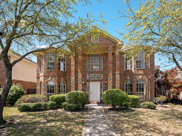 1717 Stewart St, Cedar Hill, TX 75104