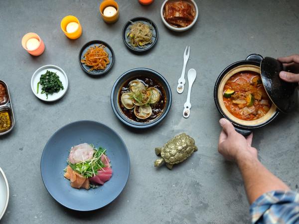 Oseyo cuisine overhead