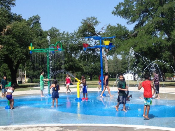 Dallas spraygrounds water feature