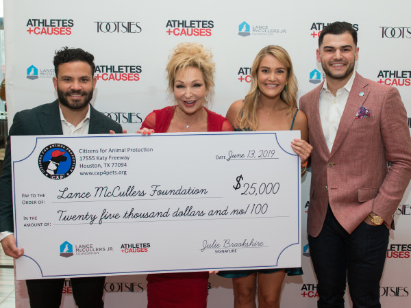 Houston Astros Team Up 4 Kids and K9s 2019 Jose Altuve, Julie Brookshire, Frances Moody, Lance McCullers
