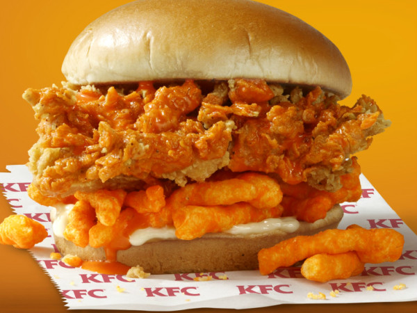 Drive-thru Gourmet - KFC Cheetos sandwich