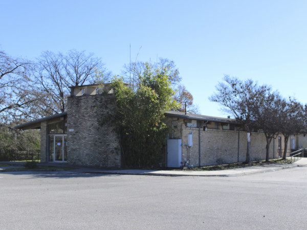 City of San Antonio plans to replace Berta Almaguer Dance Studio near Woodlawn Lake with a larger community center.