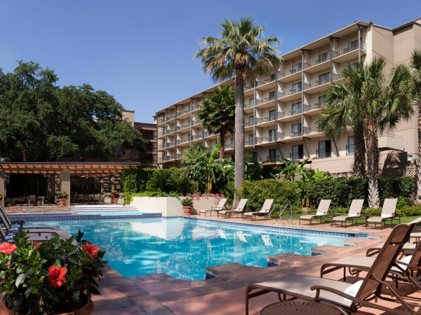 Marriott Plaza Hotel San Antonio River Walk Pools