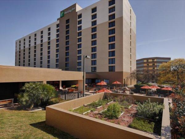 Holiday Inn San Antonio International Airport