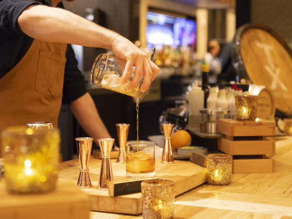Bourbon Bar Austin Hilton