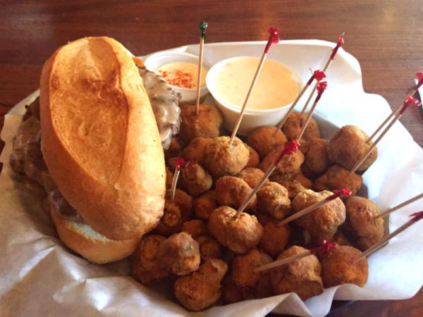 Snookie's Oak Lawn mushrooms