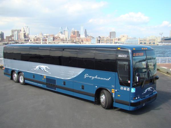 Greyhound Neoclassic bus