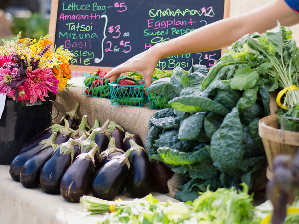 Farmers market, Sustainable Food Center