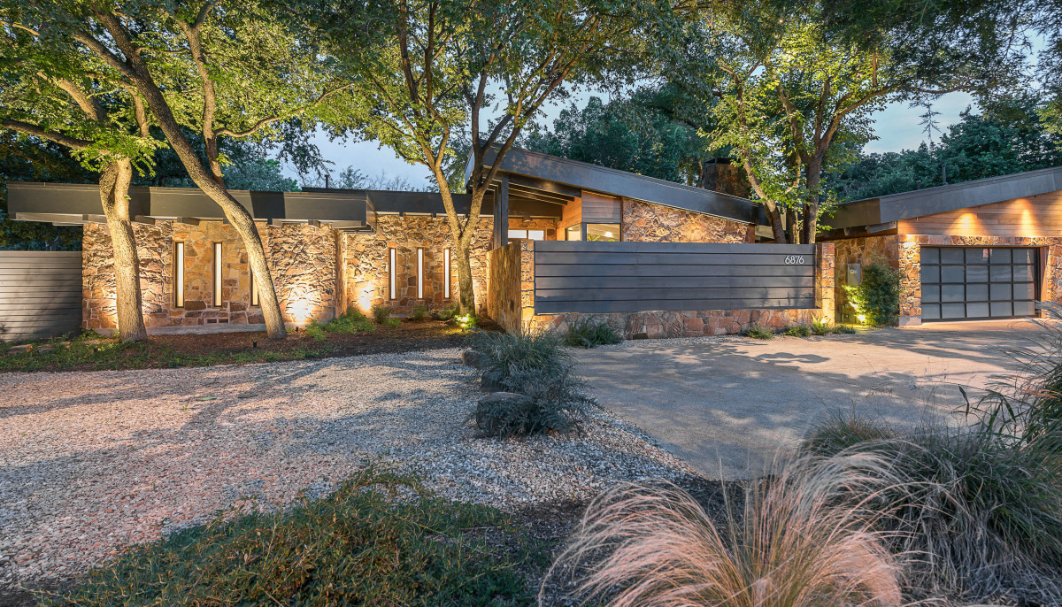 What a $2 million modern Dallas home looks like when the seller's this creative