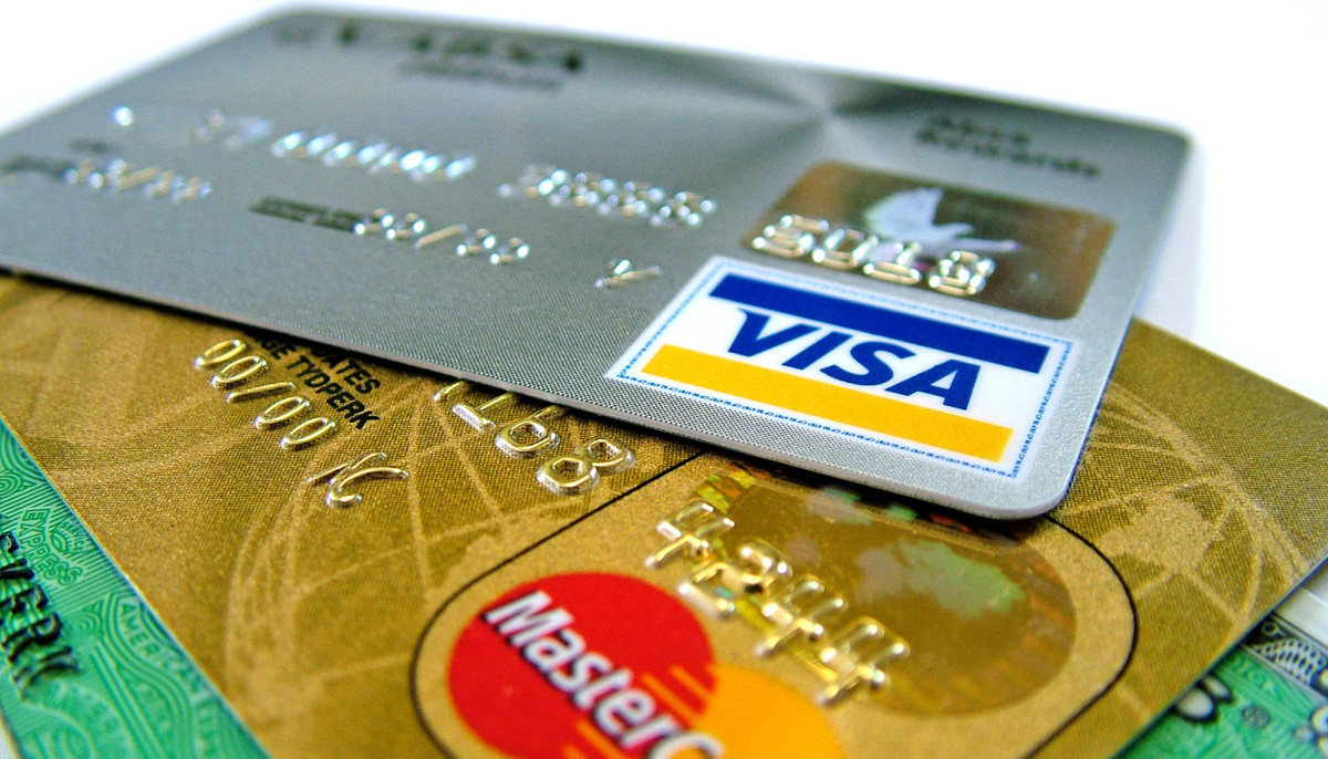 Houstonians charge up one of the highest credit card utilization rates