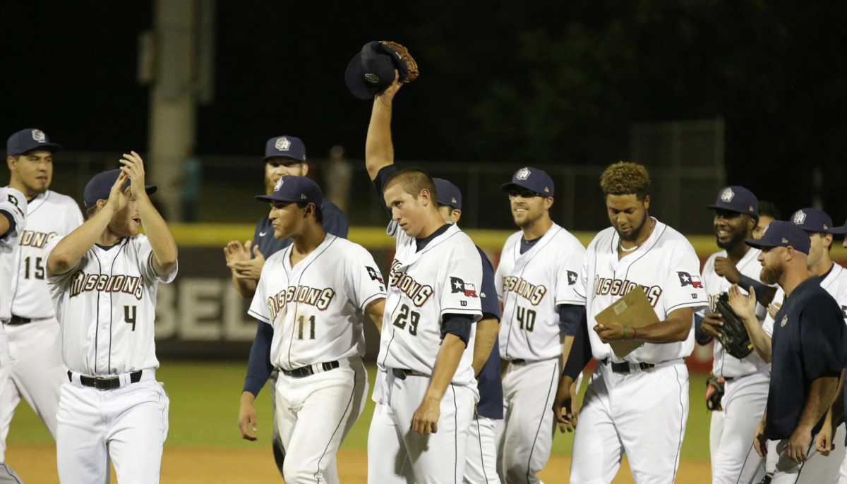 Current Missions team says goodbye to San Antonio with final season
