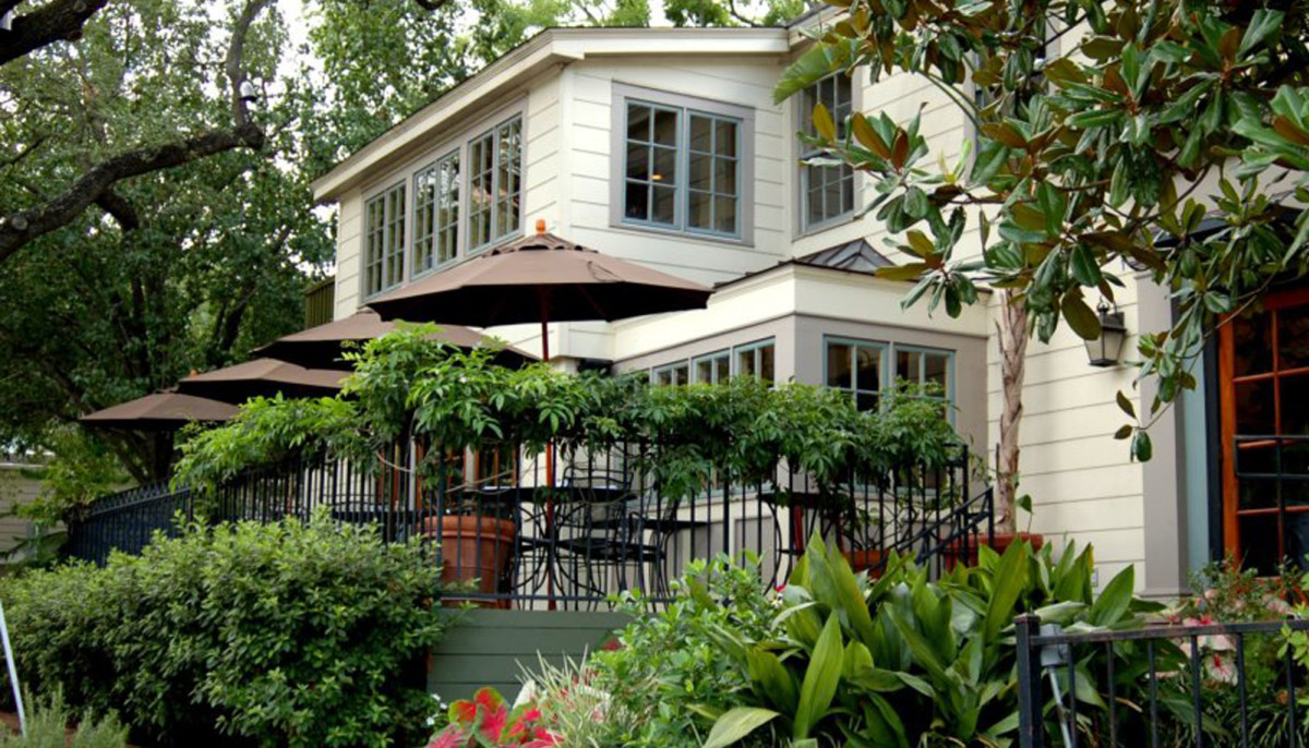 Beloved River Oaks restaurant temporarily closes after small fire