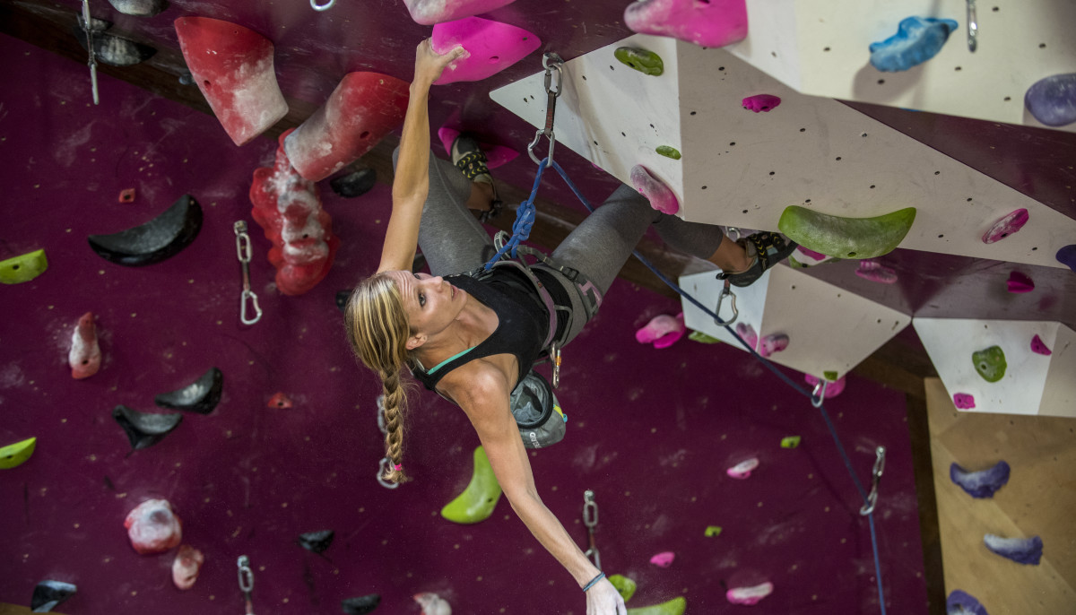 5 ways to reach new heights in the new year at this Austin climbing gym