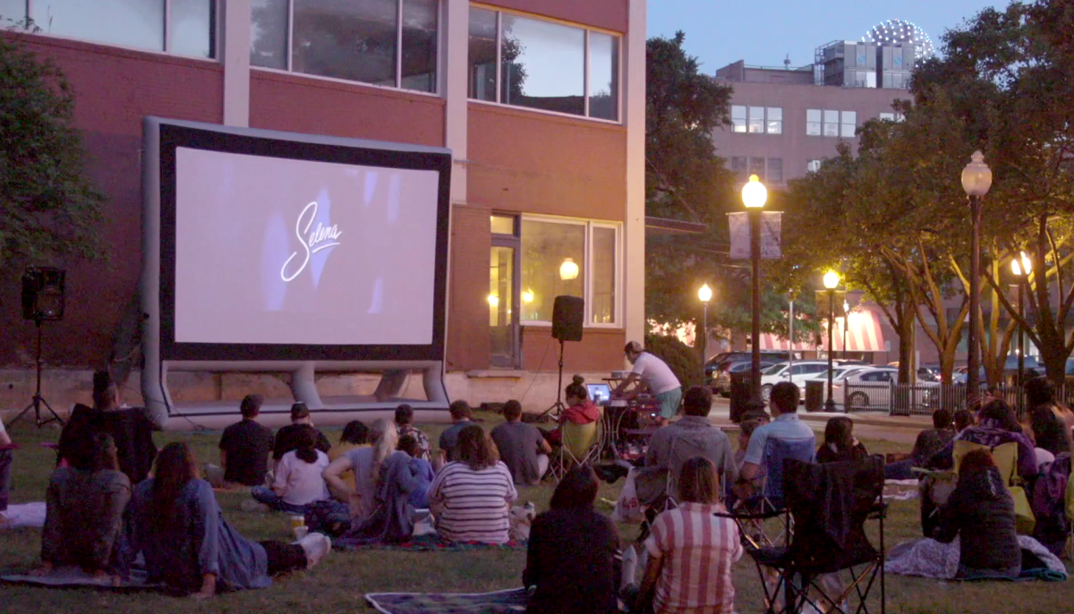 Savor spring under the stars with free movies in downtown Dallas