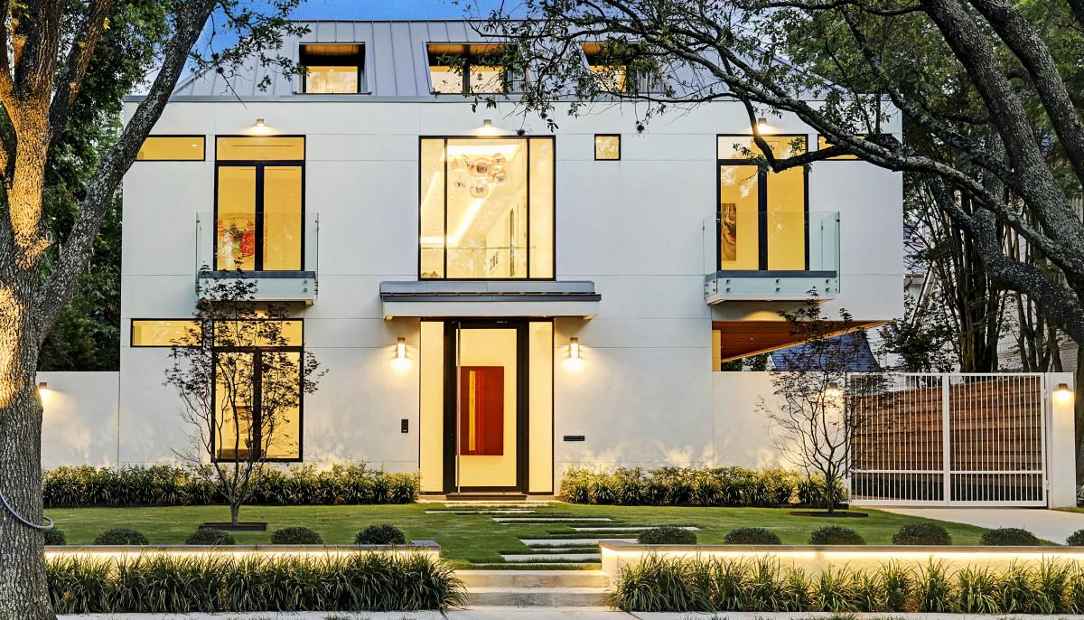 River Oaks modern masterpiece artfully hits market at $4.6 million