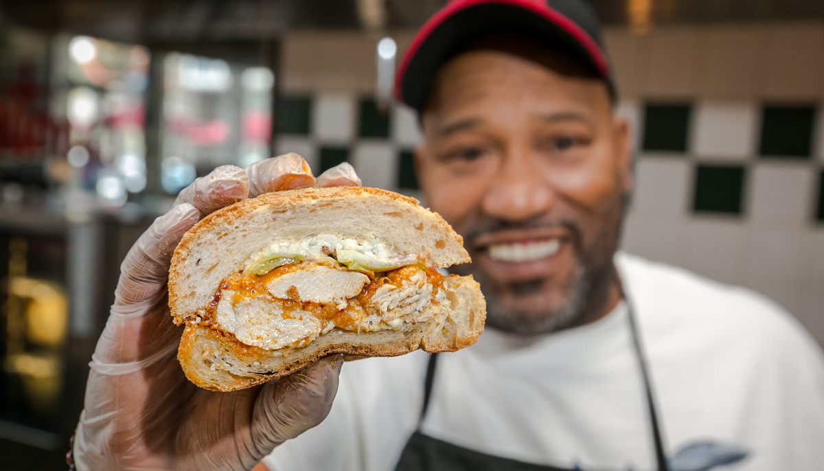 Antone's Bun B Hot Wang sandwich
